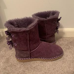 Short Uggs boots